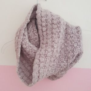 Ann Taylor knitted cowl